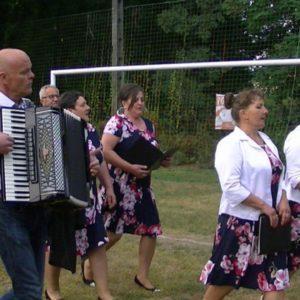 Granie i śpiewanie-Zespół Siedlecka Nuta